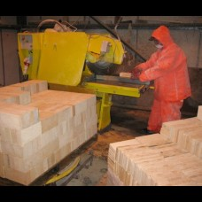 Straight Cuts on Firebricks, Insulation and High Alumina bricks